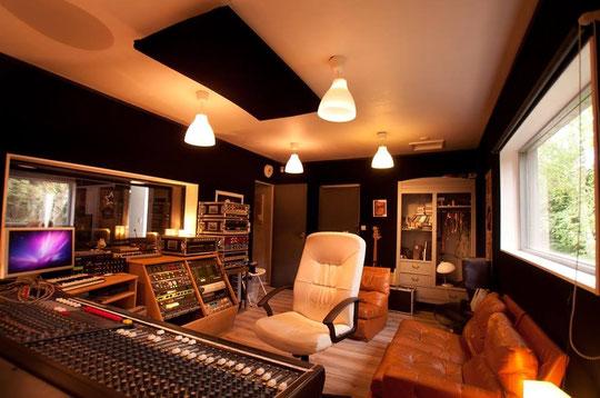 parachute studio nouveau partenaire de normandie musique production normandie musique. Black Bedroom Furniture Sets. Home Design Ideas